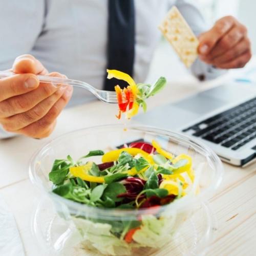 https://www.diariodoaco.com.br/noticia/0066726-saiba-como-se-alimentar-de-forma-saudavel-durante-o-e
